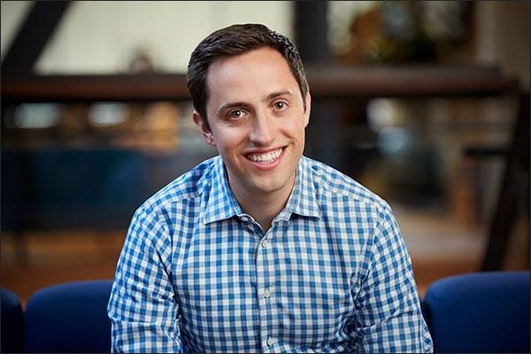 Teknik Teknik Penjualan Dan Pemasaran: Tyler Bosmeny